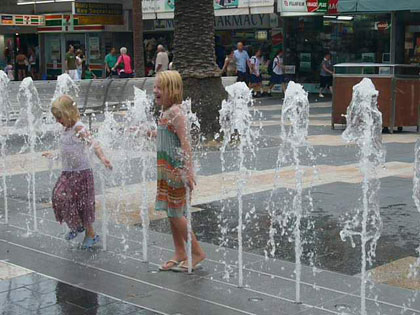 These fountains on the Corso in Manly tempted the girls every time we walked past them - and every time they got drenched.