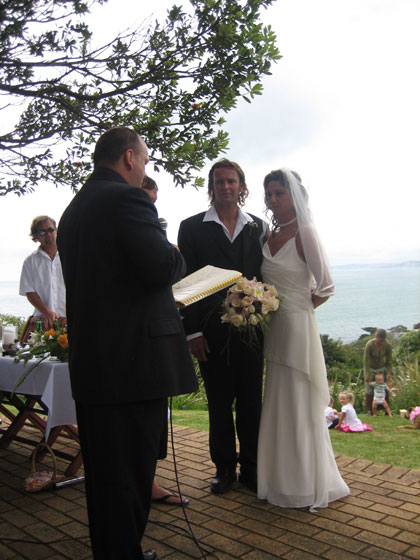 A fabulous wedding in a great setting - overlooking the famous Raglan left hand break.  Thankfully, for Victoria, there was no surf on the day.........